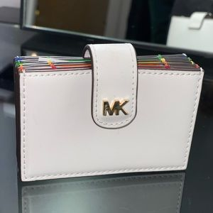 NEW*RARE! Michael Kors Accordion Leather Card Case